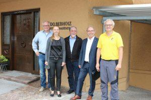 Michael Rebholz, Sandra Schäfer, Günter Tarlatt, Handwerkskammerpräsident Gotthard Reiner, Jürgen Rebholz (von links)