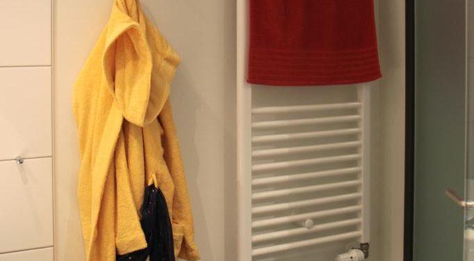 Heizung und Handtuchtrockner Mietappartement Klinikum Villingen-Schwenningen