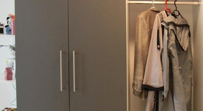 Garderobe im Mietappartement Klinikum Villingen-Schwenningen