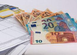 Foto zeigt Geld für Mietzahlung