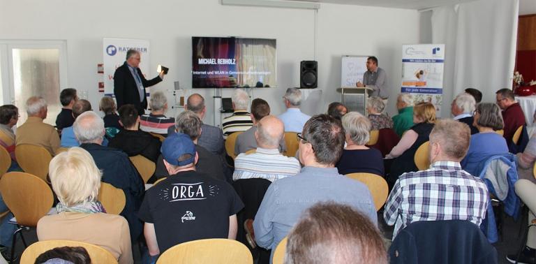 Voll besetzter Saal beim Rebholz Ratgeber-Forum zum Thema Smart Home